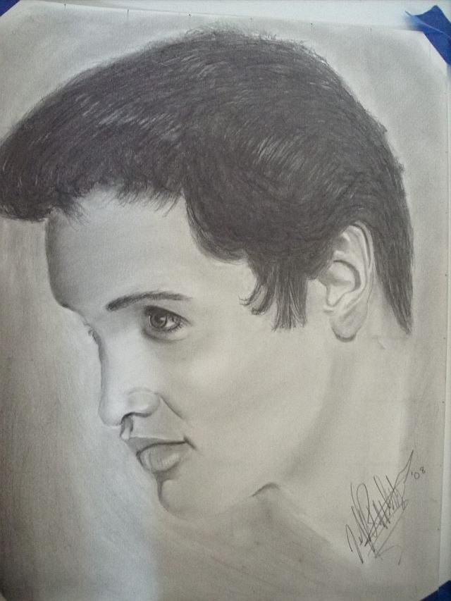 pencil drawing of a young elvis